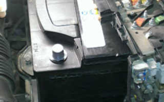 Снимаем аккумулятор на Пежо 308 для замены: какой лучше выбрать, параметры и видео внутри