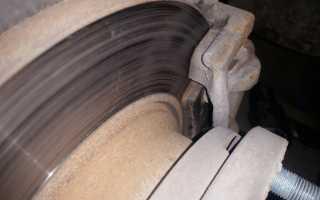 Исправные тормозные колодки Шкода Октавия Тур: замена задних и передних тормозных элементов в сервисных условиях