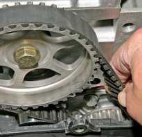 Если в двигателе на 8 или 16 клапанов нужна замена ГРМ Рено Логан, замена ремня